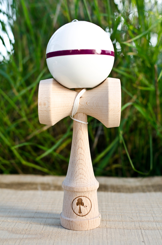 Kendama CO striped Zen - purple stripe