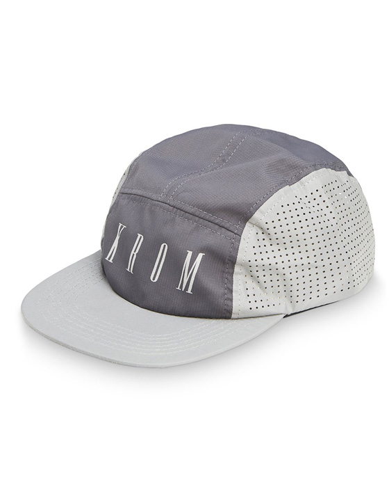 KROM 5 panel cap reflex black