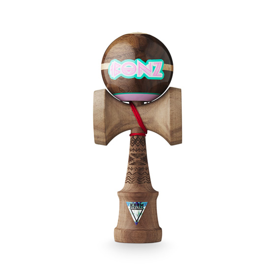 KROM kendama Headshot pro model Bonz Atron Walnut
