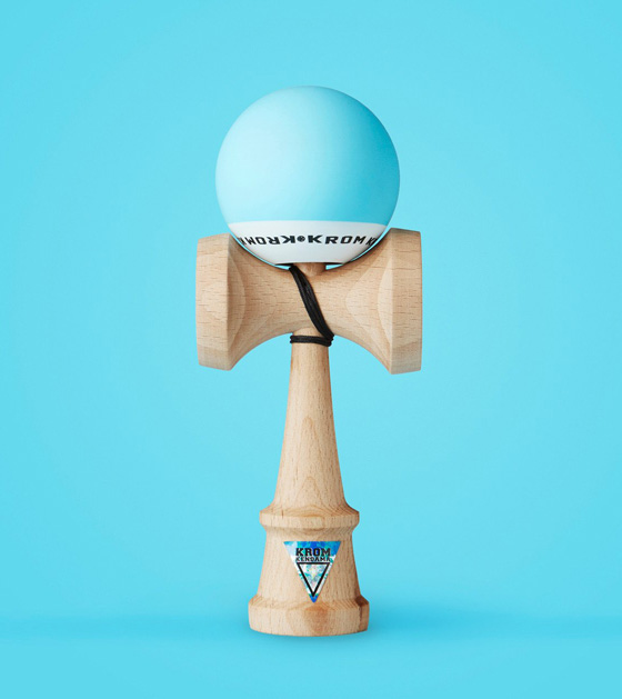 Krom POP kendama sky blue