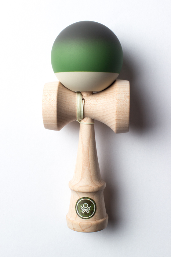 Sweets kendamas Cooper Eddy pro model kendama
