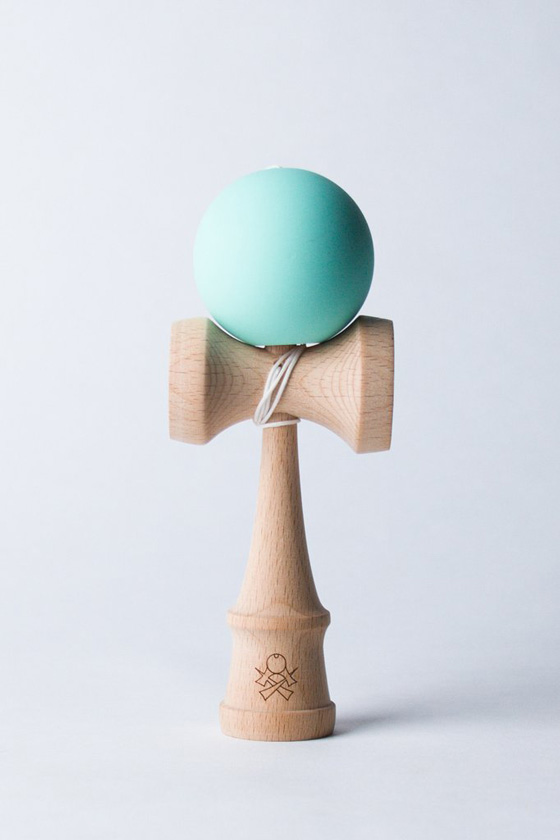 Sweets mini kendama mint