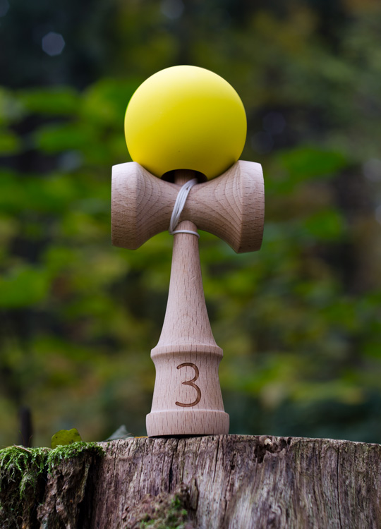 Trojka KYU kendama yellow