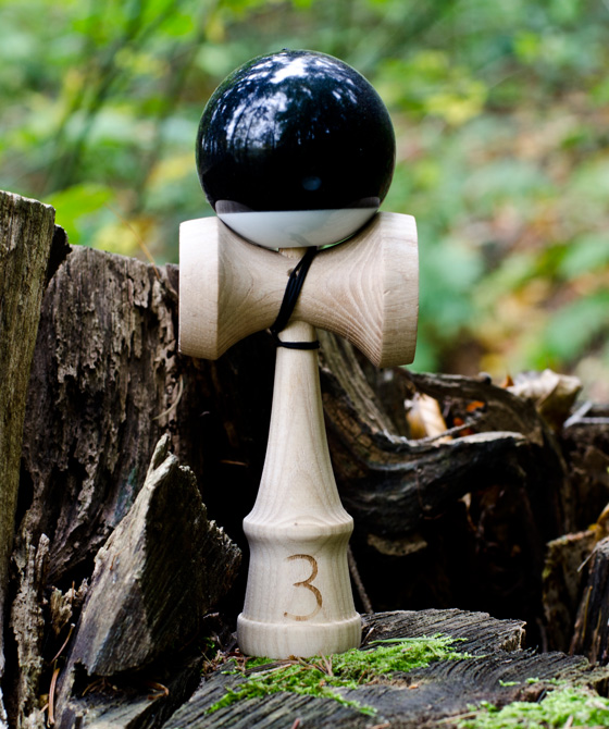Trojka Ultimate kendama 4.3 black
