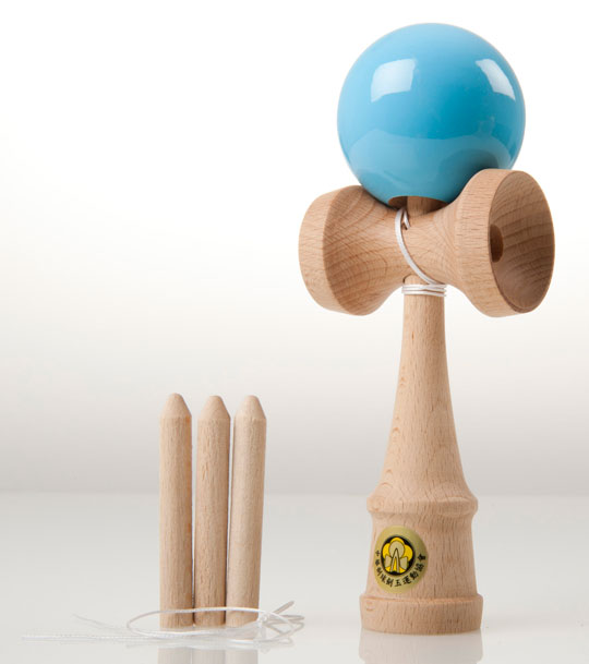 Light blue Yumu 2.1 kendama