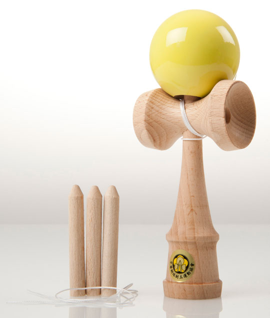 Yellow Yumu 2.1 kendama